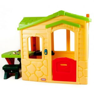 Picnic on the Patio Playhouse – Natural